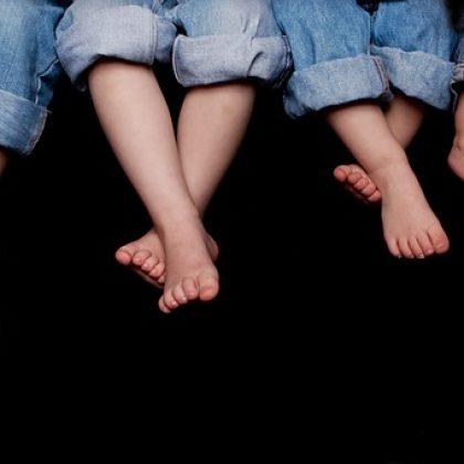 שיעור לכף רגל כואבת – בישיבה